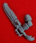 Chaos Space Marines left arm Chainsword Chain Sword x1 (C)